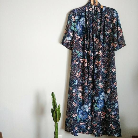 34cb619d9e35 ASOS Dresses | Kimono Wrap Midi Dress Floral Wallpaper Print | Poshmark